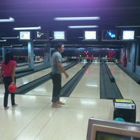 Photo taken at Amazon Bowling by Dheimesson F. on 11/10/2012