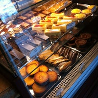Photo taken at St. Honoré Boulangerie by Gena on 3/10/2013