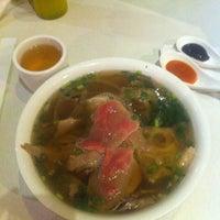 Photo taken at Xe Lua Vietnamese Cuisine 火車頭 by Katie P. on 3/31/2013