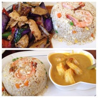 Photo taken at Grandma's Thai Kitchen by Nadim B. on 8/9/2015