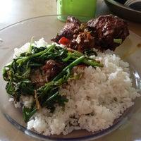 Photo taken at Restoran Singgah Selalu, Tawau by Mohamed Faisal A. on 1/19/2013