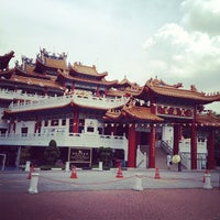 Photo taken at Thean Hou Temple (天后宫) by Kevin K. on 5/1/2012