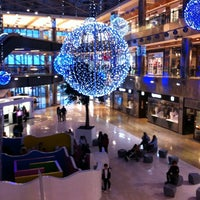 Photo taken at Zielo Shopping by Elen on 12/16/2011