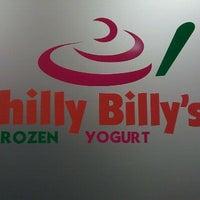Photo taken at Chilly Billy's Frozen Yogurt by Felicia J. on 9/9/2011