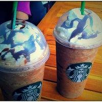 Photo taken at Starbucks by Bionik B. on 9/19/2011