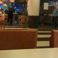 Photo taken at Wendy's by Syafiq Y. on 3/22/2012