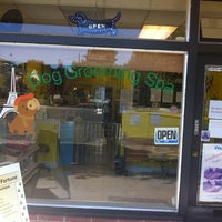 Photo taken at Le Chien Fortune Dog Grooming Spa by Kung Fu Panda on 8/13/2011