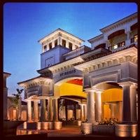 Photo taken at The St. Regis Saadiyat Island Resort by Zamir U. on 4/15/2012