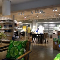 Photo taken at Crate & Barrel by Hsini on 5/27/2012