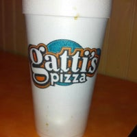 Photo taken at Gatti's Pizza at Karns by D R. on 11/14/2012