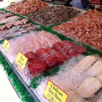 Photo taken at Maine Avenue Fish Market by Maria A. on 10/20/2012