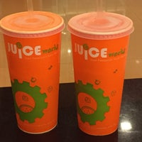 Photo taken at Juice Works by tracycy® on 4/22/2016