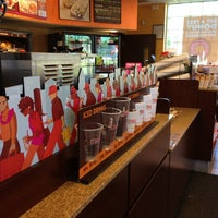 Photo taken at Dunkin' Donuts by Robert G. on 6/4/2013