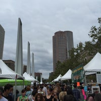 Photo taken at The Rose Kennedy Greenway by Aptraveler on 9/18/2016