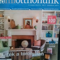 Photo taken at A MI OTTHONUNK Magazin by Brigitta P. on 7/30/2014