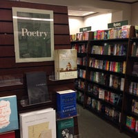 Photo taken at Barnes & Noble by Rolando D. on 4/16/2014