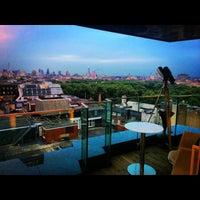 Photo taken at Spa at Four Seasons Hotel London at Park Lane by Alina on 7/2/2014