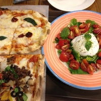Photo taken at Trevia Pizza di Roma by Ryan H. on 9/18/2012