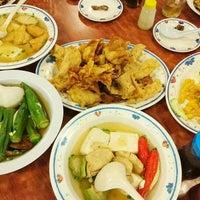 Photo taken at Restoran 3A Yong Tau Foo & Cheong Fun by Najib on 12/29/2015