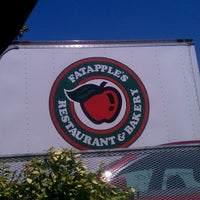 Photo taken at Fat Apple's Restaurant & Bakery by Hanif D. on 5/11/2013
