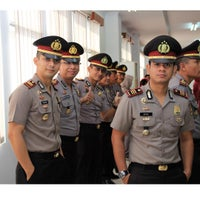 Photo taken at Polres Kutai Kartanegara by yuliansyah i. on 8/7/2015