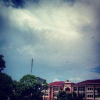 Photo taken at UIN Alauddin Makassar (Kampus II) by Muhammad A. on 3/24/2013