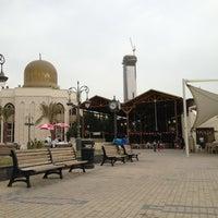 Photo taken at مطعم دلق سهيل ( سوق المباركيه ) by Dina N. on 3/23/2013