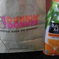 Photo taken at Dunkin Donuts by Jonathan W. on 1/7/2013