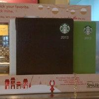 Photo taken at Starbucks Coffee by Mann Ed D. on 11/20/2012