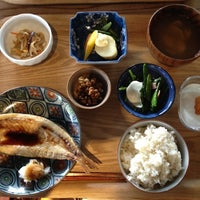 Photo taken at あきゅらいず美養品 森の食堂 by Lien N. on 5/14/2013