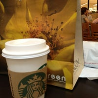 Photo taken at Starbucks by Viet An T. on 3/23/2013