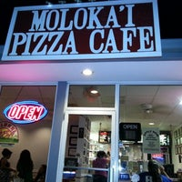 Photo taken at Molokai Pizza Cafe by Wendy H. on 10/3/2013