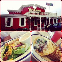 Photo taken at Bob Evans Restaurant by Khalid A. on 11/1/2012