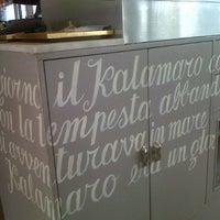 Photo taken at Kalamaro Fritto d'Osteria by Erika S. on 6/10/2013