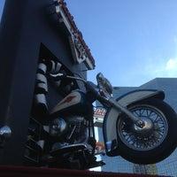 Photo taken at Harley-Davidson Cafe by Yadiel L. on 4/2/2013