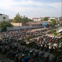 Photo taken at Universitas Muhammadiyah Sumatera Utara (UMSU) by Ivan S. on 11/20/2012