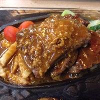 Photo taken at Sweetheart Garden Restaurant 花園餐廳 by Eric C. on 2/18/2014