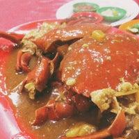 Photo taken at Santiga Seafood (Abeng) by nengMona on 2/7/2016