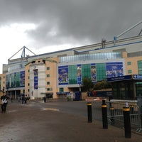 Photo taken at Stamford Bridge by Marvin v. on 11/4/2012