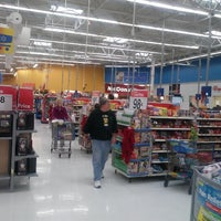 Photo taken at Walmart Supercenter by Randy J. on 12/15/2012