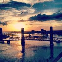 Photo taken at Hyatt Regency Jacksonville Riverfront by Elizabeth on 12/16/2012