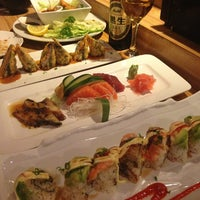 Photo taken at Domo Japanese Restaurant & Sushi Bar by Jason B. on 2/8/2013