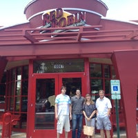 Photo taken at Red Robin Gourmet Burgers by Cara B. on 6/22/2013