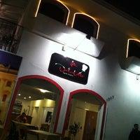 Photo taken at Pizzaria La Dolce Vita by Leonardo H. on 2/26/2013
