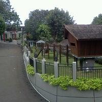 Photo taken at Grand Ussu Hotel & Convention by Yan Purwadi K. on 10/5/2012