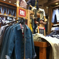 Photo taken at Levi's Store by Matth M. on 3/24/2013