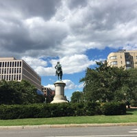 Photo taken at Scott Circle by Yoerik G. on 8/22/2016