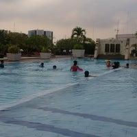 Photo taken at Swimming Pool by Jafar W. on 12/28/2014