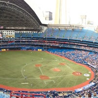 Photo taken at Rogers Centre by Désiré K. on 7/23/2013