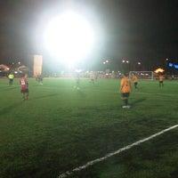 Photo taken at Kompleks Belia & Sukan Paroi by Muiz on 6/11/2013